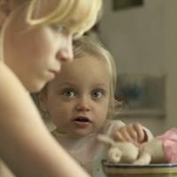 Eve Lemieux avec une petite fille